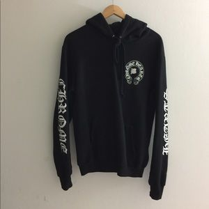 43e98e3e0d2 Chrome Hearts x Bella pullover hoodies size S